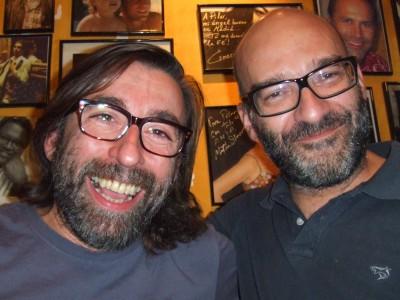 barbas y gafas
